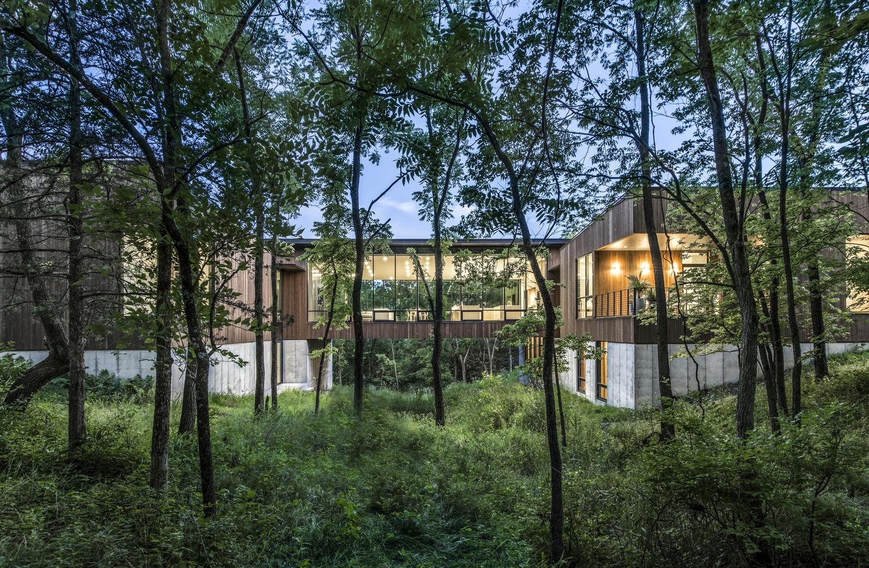 Ravine Residence Featured in Residential Design Magazine   BNIM
